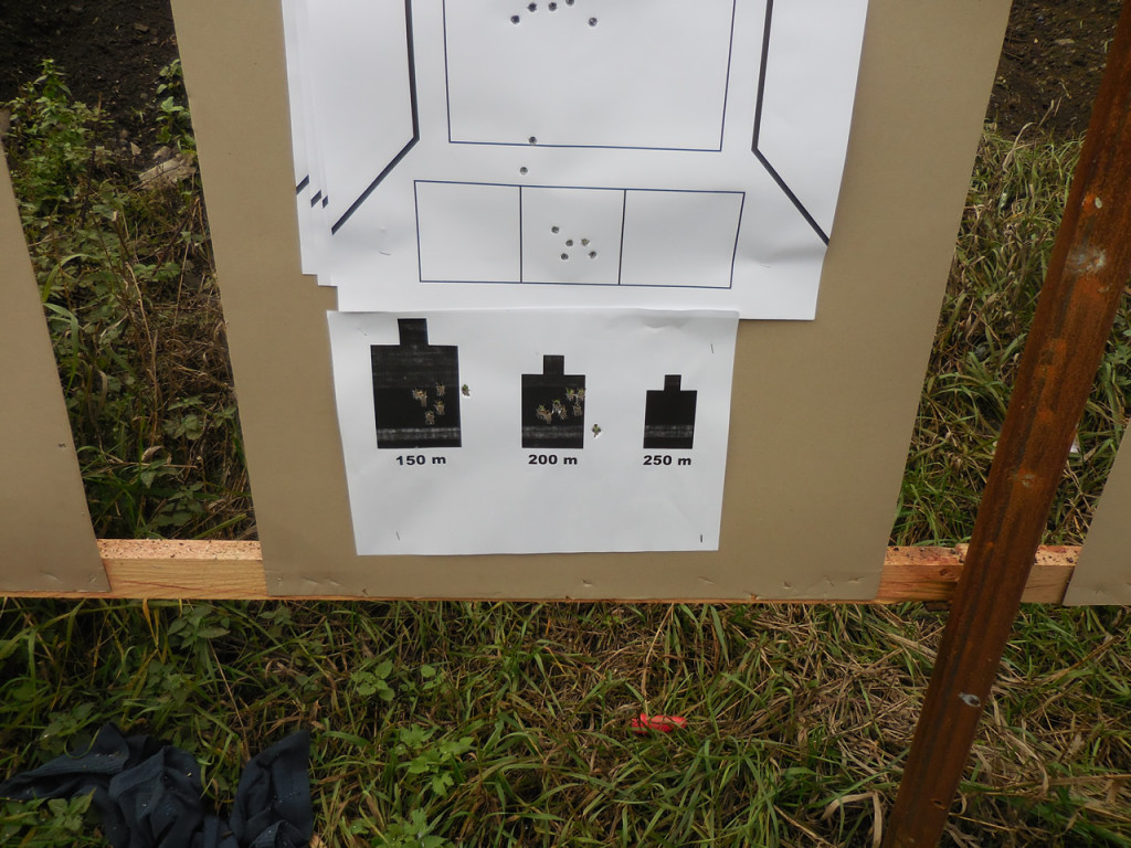 Theres more than 5 shots on the centre target. getting my monies worth..