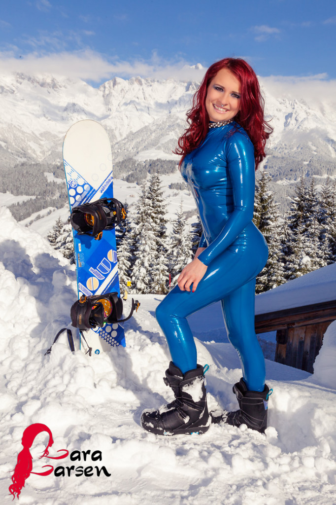 Lara Larsen in Austria - Latex By Simon O - Photo By Norman Richter