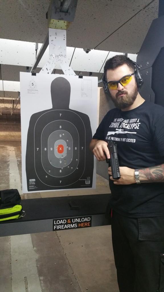 Firing Desert Eagle .50AE - Wilshire Gun Club
