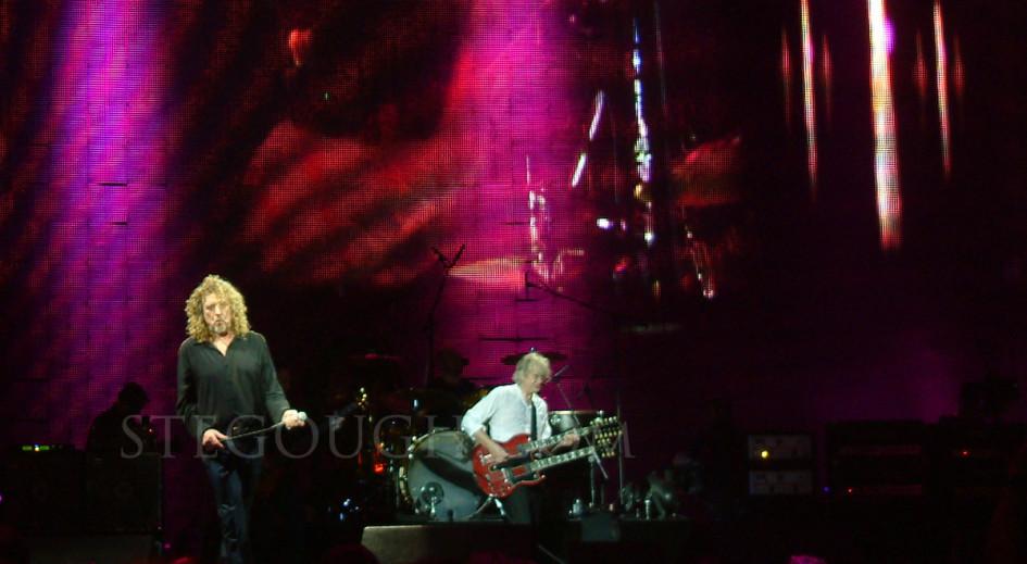 Led Zeppelin - O2 Arena - 10th December 2007 - Copyright Ste Gough