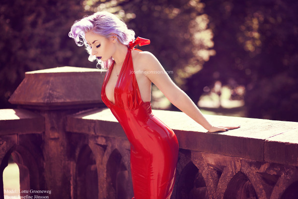 Lotte Groeneweg - Dress BY HW design latex - Photo By Josefine Jönsson